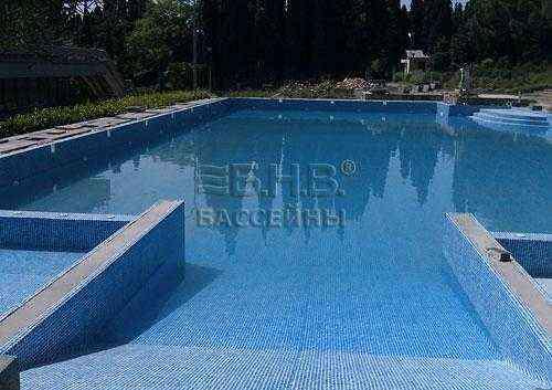 Примеры установки бассейнов БНВ Бетонный бассейн. Ялта.