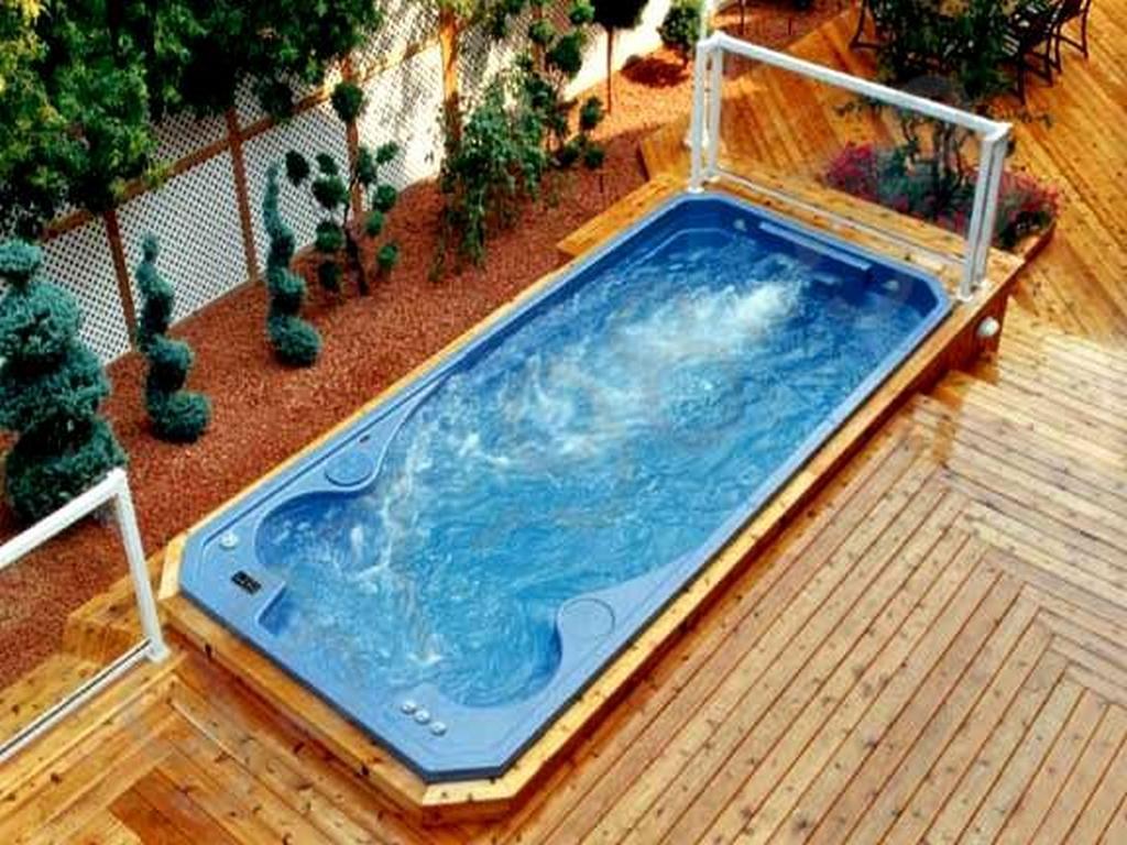 бассейн спа с гидромассажем